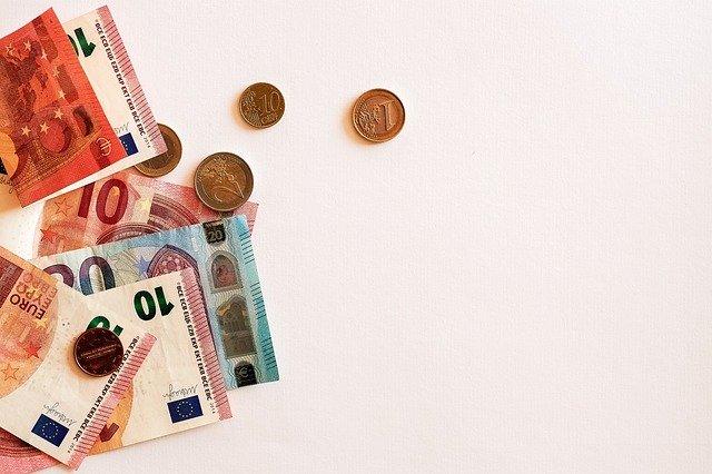 promrhané peníze