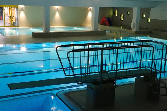 krytý plavecký bazén.jpg
